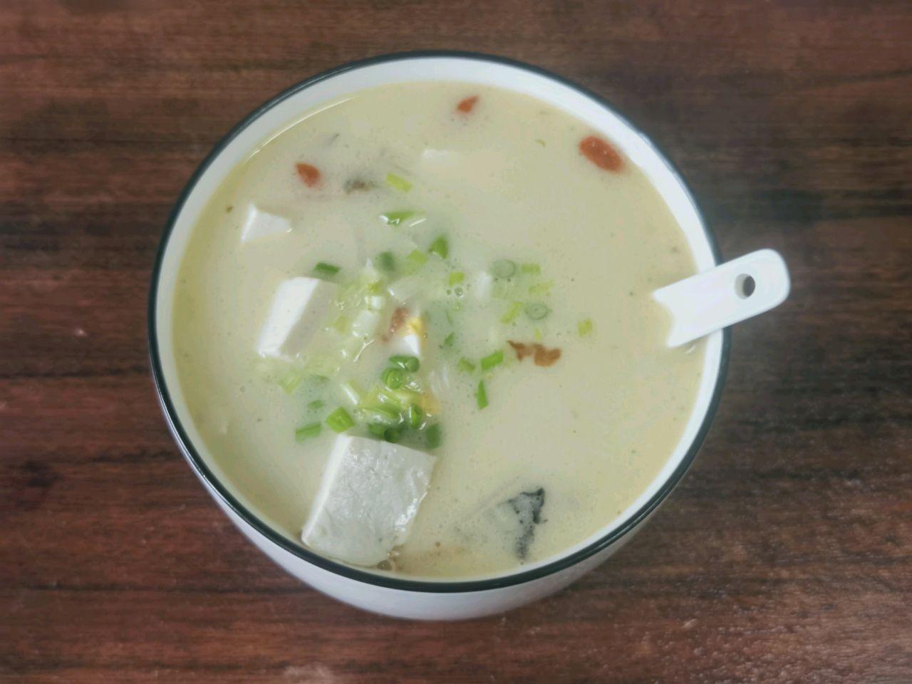 鲫鱼汤—月子餐