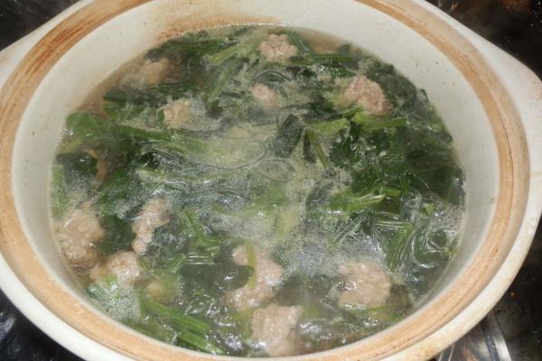 菠菜丸子汤的做法