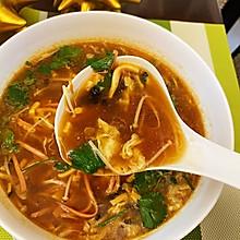 减肥减脂喝了让你有饱腹感的酸辣汤