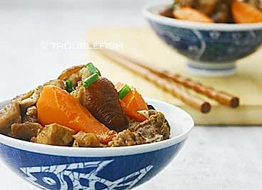 红萝卜桂圆炆兔肉