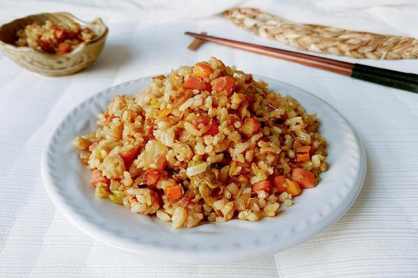 酸菜胡洋杂粒饭的做法