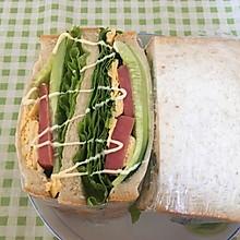 低卡蔬菜鸡蛋火腿三明治