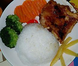 黑椒鸡排饭的做法