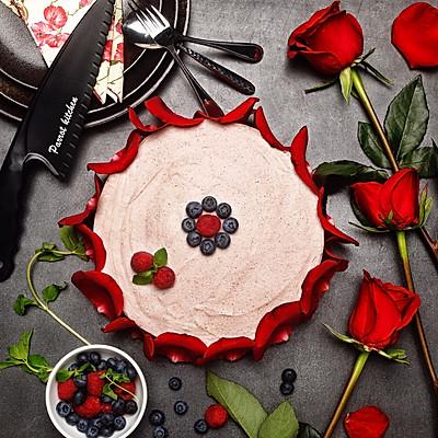 浆果慕斯蛋糕
