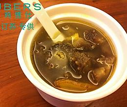 土鸡鲜虾海参汤的做法
