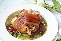 酸菜炖走油蹄髈:不油不腻开胃下饭菜的做法