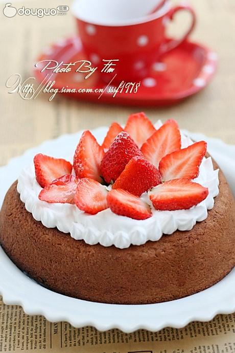 心形巧克力草莓蛋糕的做法