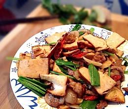 快手下饭菜-芹菜香干肉丝的做法
