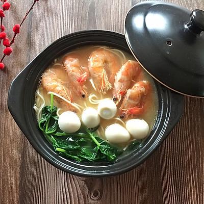 菠菜鲜虾面