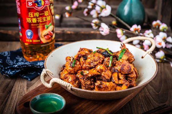 金牌葱香豉油鸡的做法