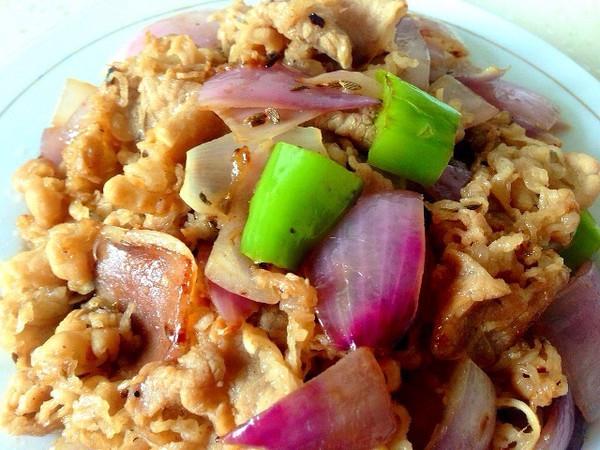 洋葱炒肥牛---肥牛洋葱的美味快手小炒!