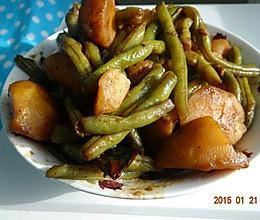 家常东北土豆炖豆角的做法