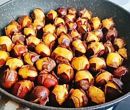一口锅就搞定的糖炒栗子,不加油不加糖,甘甜粉糯好剥壳的做法