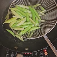 口蘑芦笋炒虾仁的做法图解19