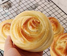 烤箱版烤奶香玫瑰花卷的做法