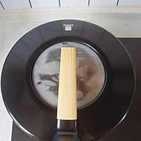 不加一滴水的蔥油燜雞腿的做法圖解5