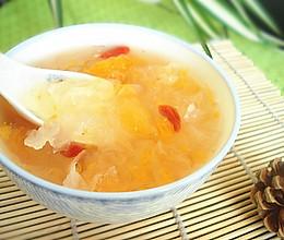 蜜桔银耳汤的做法