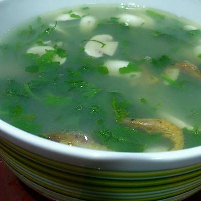 荠菜口菇汤