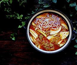 酥五花泡菜汤的做法