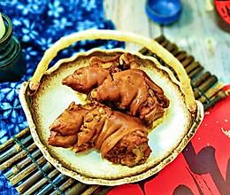 #憋在家里吃什么#皮开肉绽酱猪蹄的做法
