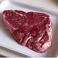 五分钟煎出鲜嫩牛排的做法图解1