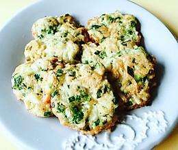 高钙高蛋白的早餐营养饼—韭香虾米饼的做法