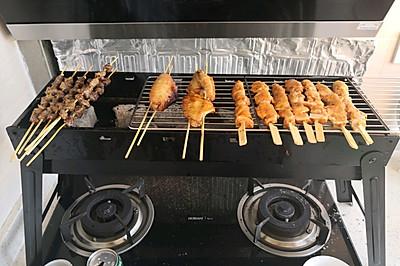 家庭烧烤厨房炭烤羊肉串韩式烤肉中式烤串