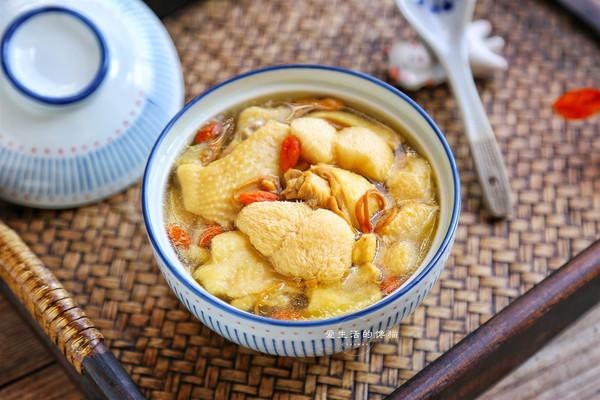 猴头菇炖鸡汤的做法