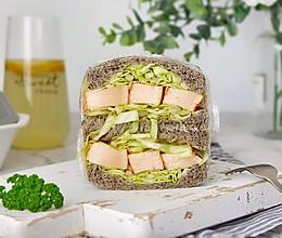 辣鸡胸圆白菜三明治#春天肉菜这样吃#的做法