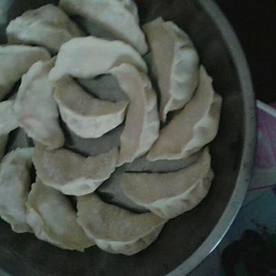 广东省年夜饭必备玉米猪肉馅饺子的做法 步骤10