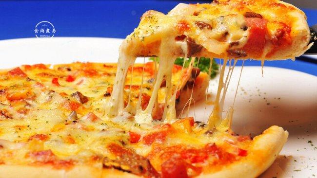 """#2021趣味披萨组——芝香""""食""""趣#番茄肠仔拉丝披萨的做法"""