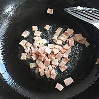 饭菜合一的营养低卡简餐-培根炒饭的做法图解4
