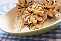 豆沙菊花酥的做法