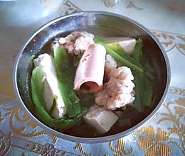 酥肉豆腐午餐肉蔬菜汤的做法