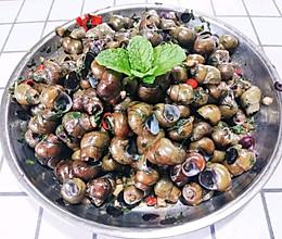 #餐桌上的春日限定#广东小吃,薄荷辣椒炒田螺的做法