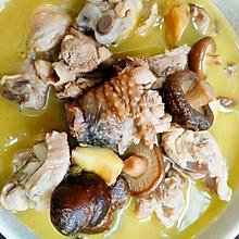 香菇板栗炖鸡汤