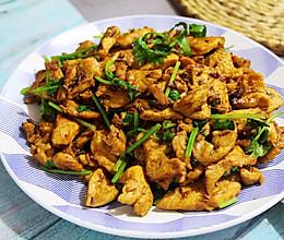 鸡胸肉这样做老好吃了-孜然鸡肉片的做法