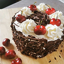 樱桃季的黑森林蛋糕