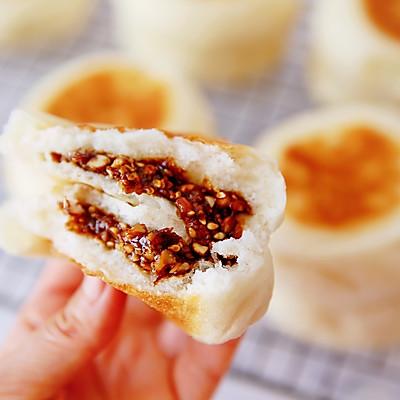 宣软无比美味花生芝麻红糖发面小饼