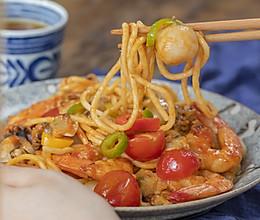 海鲜炒面|风味浓郁的做法