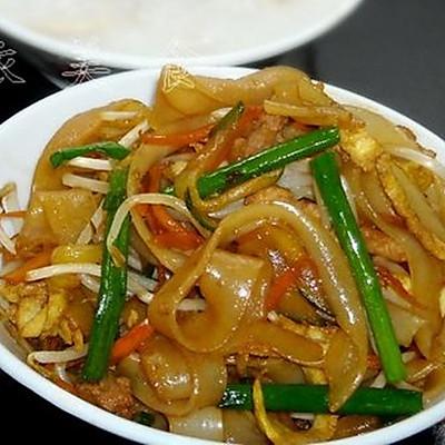 杂锦炒河粉