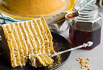 千层蜂蜜蛋糕,又一个蛋糕神话即将诞生的做法
