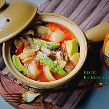 鳄梨牛筋番茄咖喱锅#太太乐鲜鸡汁蒸鸡原汤#