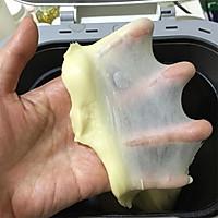 奶香味十足的吐司面包,面包机和面保证出膜的做法图解5