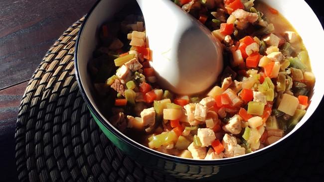 豆腐五花肉杂菜臊子的做法