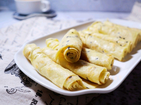 元气满满✅黑芝麻鸡蛋软饼 ❤️快手早餐煎鸡蛋饼 面糊饼的做法