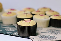 樱花天使纸杯蛋糕的做法