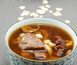 罗汉果杏仁猪肺汤的做法