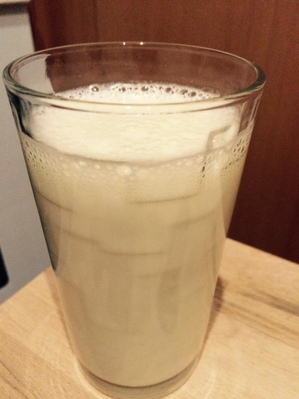 香蕉奶昔的做法