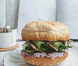 #我们约饭吧#5分钟快手贝果三明治的做法